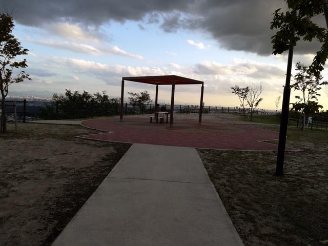 彩都なないろ公園